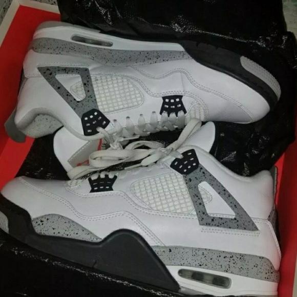 d128dd4ea0c0f1 ️FLASH SALE‼ Jordan white cement 4 s size 11